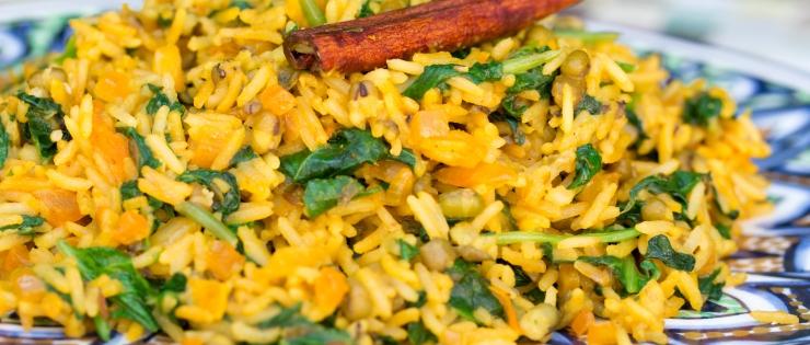 Khičrí (červená čočka nebo mungo fazolky s rýží)